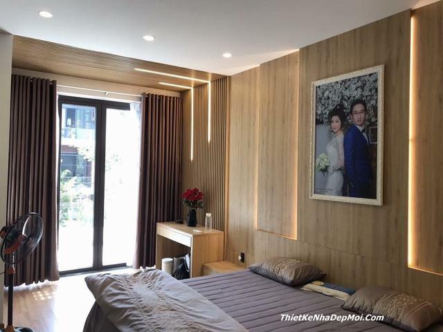 Phòng ngủ vợ chồng mới cưới