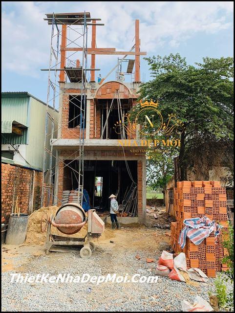 xây nhà hai tầng rưỡi 5x20m