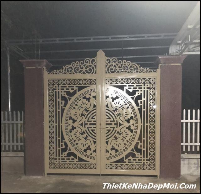 Mẫu cổng gang đẹp