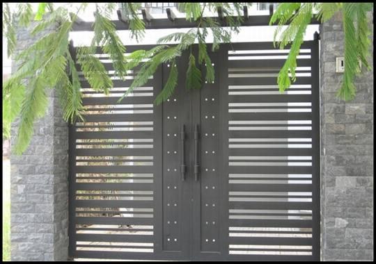 Mẫu cổng sắt 2 cánh nhà phố