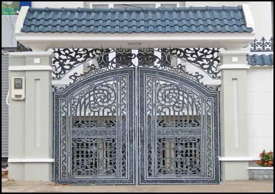 Mẫu cổng nhà phố 2 cánh 3.4m