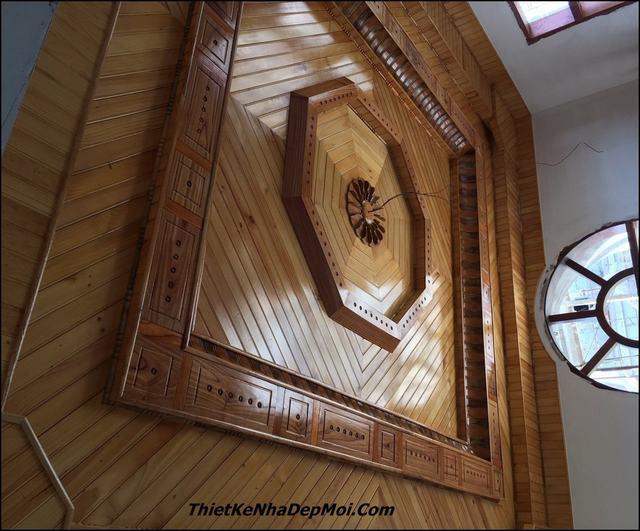 Thi công trần gỗ giá rẻ